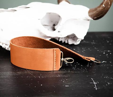 RAZ456-2 Ремень для правки опасной бритвы ручной работы
