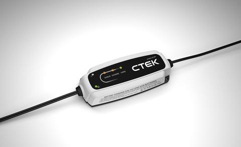 CTEK CT5 START STOP зарядное устройство для автомобильного аккумулятора