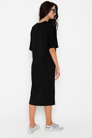 Платье в стиле casual - прекрасное решение для повседневной жизни. В этом платье вы будете выглядеть на высшем уровне, но и чувствовать себя комфортно. (Длины: 44-110см; 46-110см; 48-113см; 50-115см)