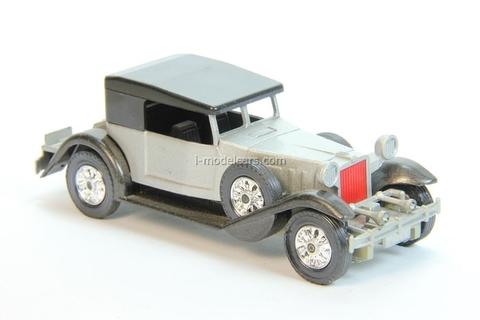 Stutz DV32 convertible closed IA-1932 USSR remake 1:43