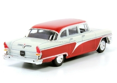 GAZ-13 Chaika beige-darkred 1:43 DeAgostini Auto Legends USSR Best #5