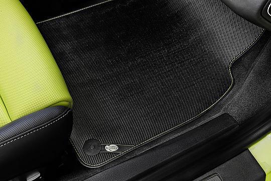 Карбоновые коврики TECHART для Porsche 718