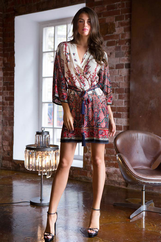Женский халат кимоно короткий из вискозы с этно принтом (Короткие халаты)