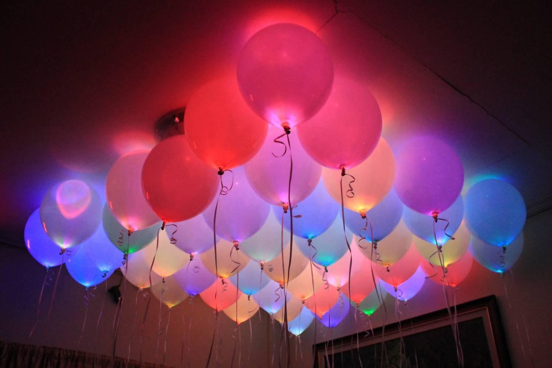 Доставка воздушных шаров с гелием в СанктПетербурге и ЛО