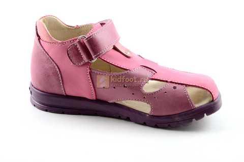 Босоножки Тотто из натуральной кожи с закрытым носом для девочек, цвет сиреневый розовый. Изображение 2 из 12.