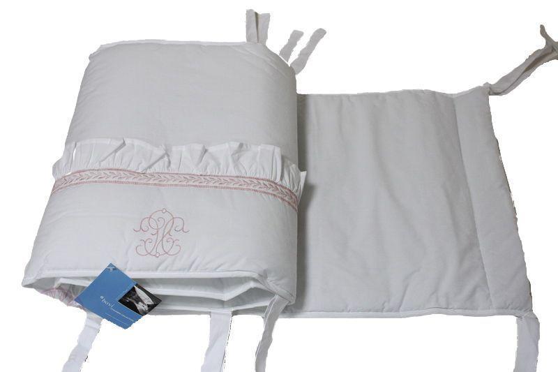 Бамперы Бампер для детской кроватки 380х45 Bovi Вензель бело-розовый bamper-dlya-detskoy-krovatki-venzel-belyy-s-rozovym-ot-bovi-portugaliya.jpg