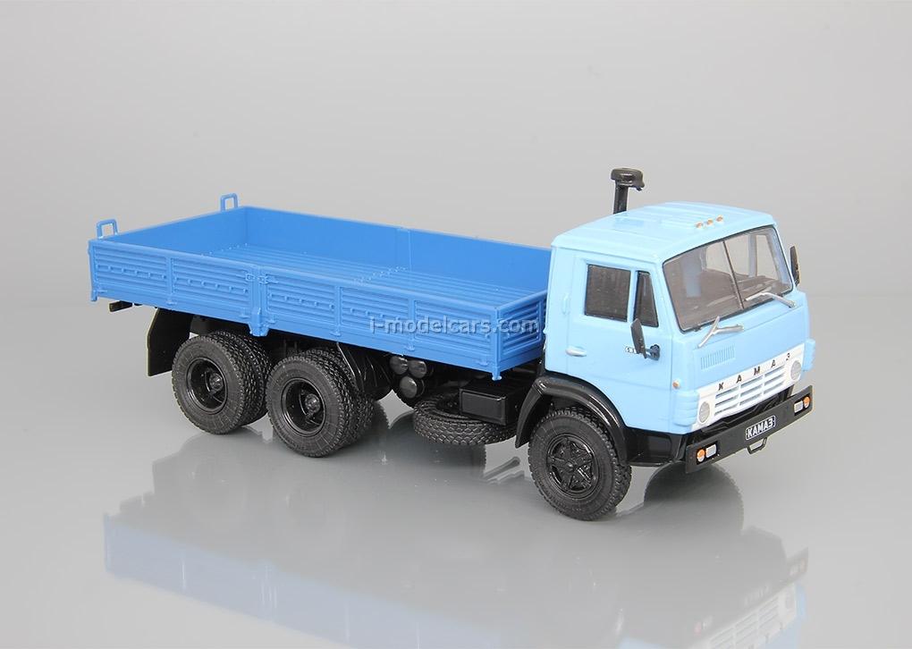 KAMAZ-5320 flatbed truck blue 1:43 DeAgostini Auto Legends USSR Trucks #24