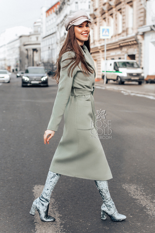 palto-svetloe-olivkovoe