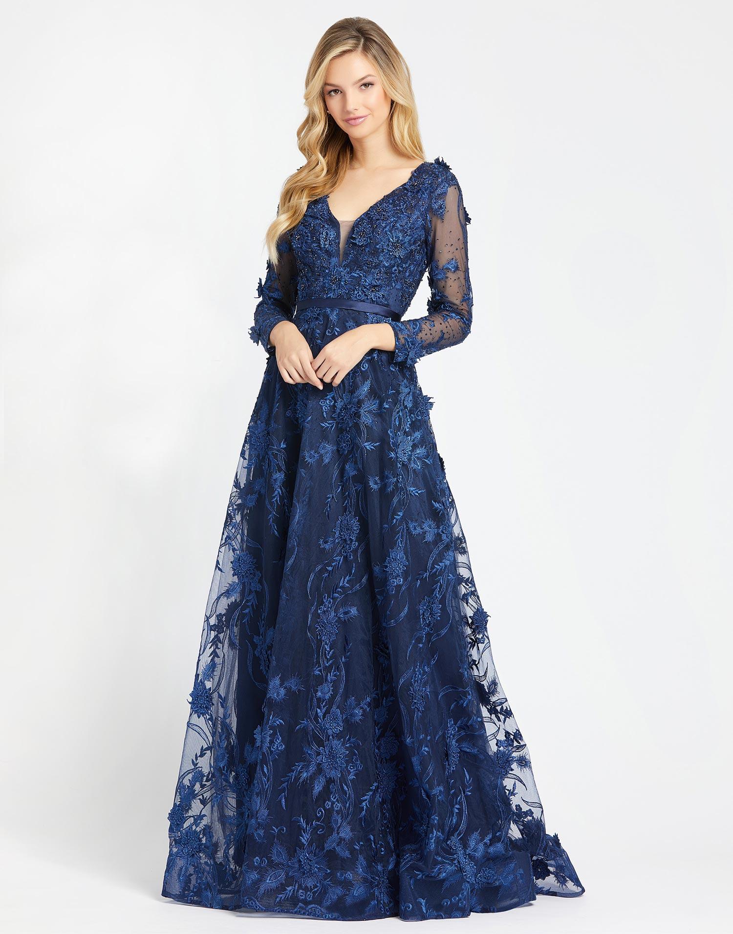 Mac Duggal 2118 Длинное платье в пол в синем цвете. с длинным рукавом, усыпанное множеством сверкающих страз.