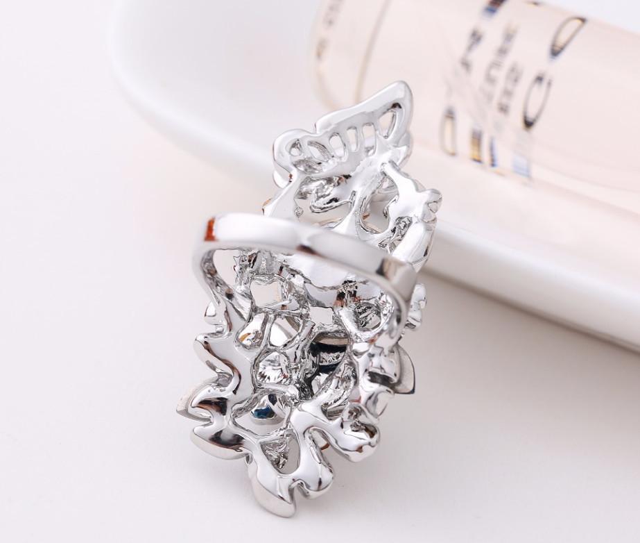 серебряные кольца женские каталог