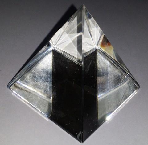 Хрустальная пирамида - гармонизация пространства, 5 см