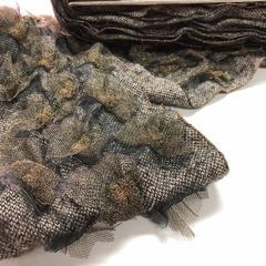 Тканное полотно с декором из сетки