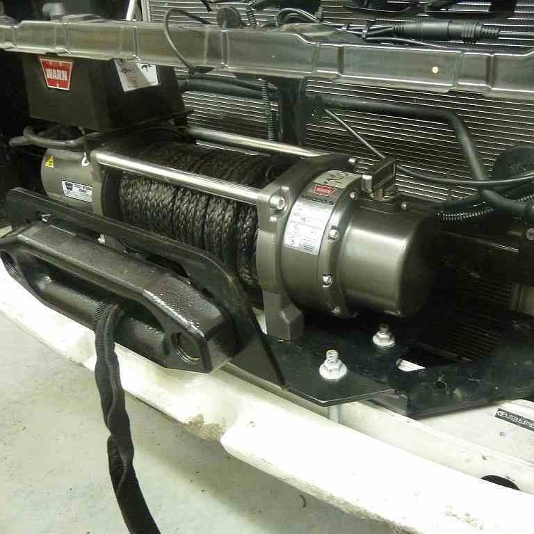 Установка лебедки Mitsubishi L200 в штатный бампер фото-2