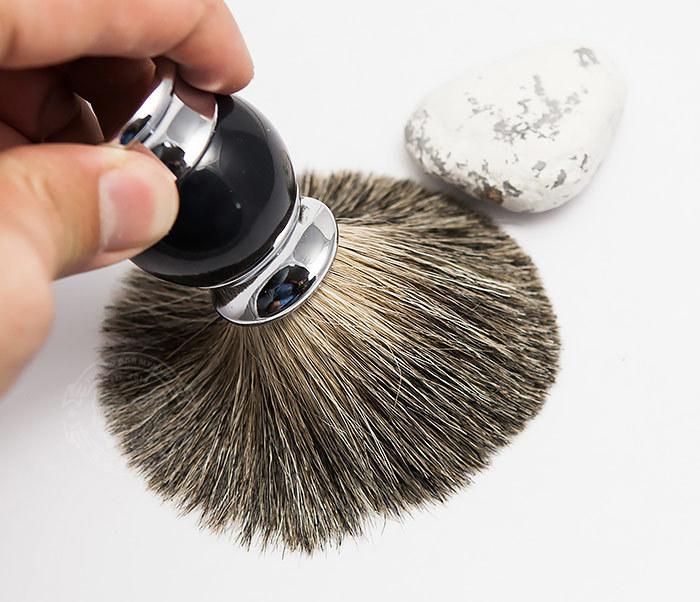 RAZ303-1 Помазок для бритья с рукояткой темно-синего цвета фото 06