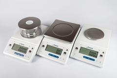 Лабораторные весы ДЭМКОМ DL-122 с гирей
