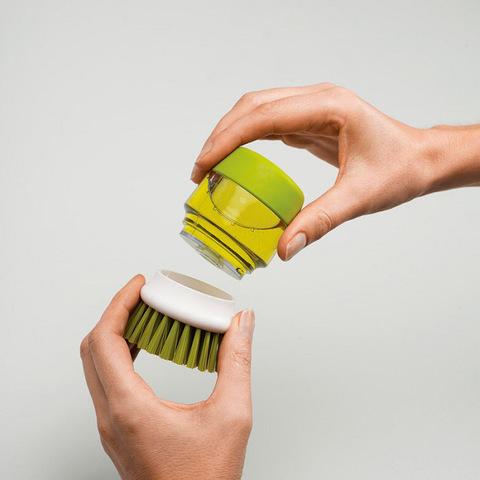 Щётка с дозатором для моющего средства – это удобный и экономичный ...