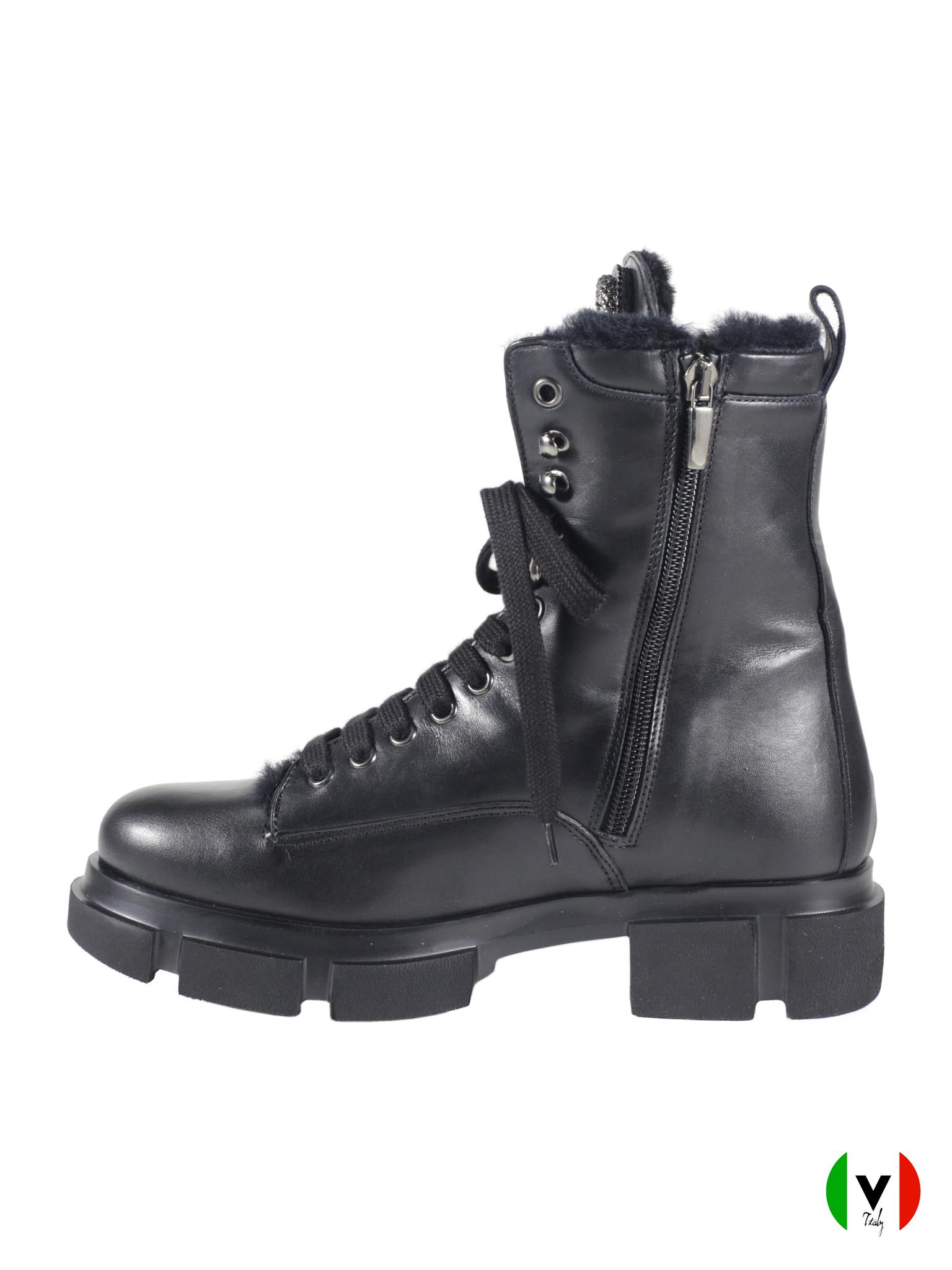 Зимние ботинки Laura Bellariva в стиле гранж 4081, артикул 4081, сезон зима, цвет чёрный, материал кожа, цена 17 500 руб., veroitaly.ru