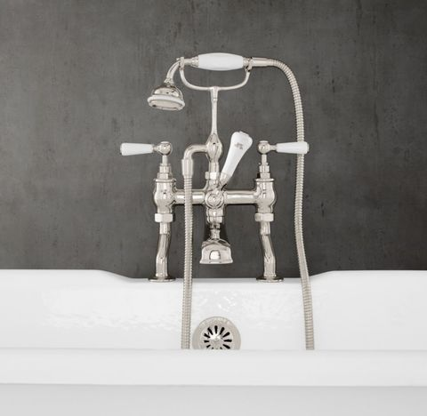 1900 Classic Lever-Handle Deck-Mount Tub Fill