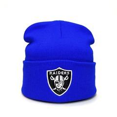 Вязаная шапка с вышитой эмблемой Райдерс (RAIDERS) голубая