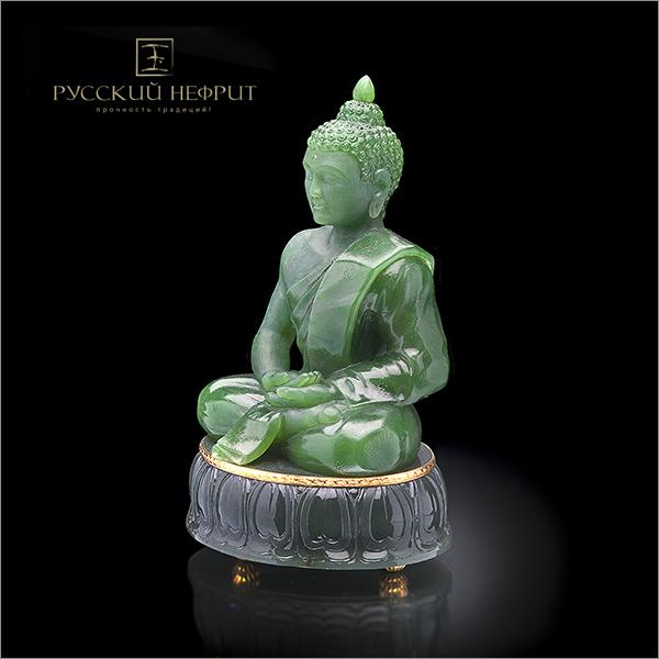 Будда медитирующий из зеленого нефрита.