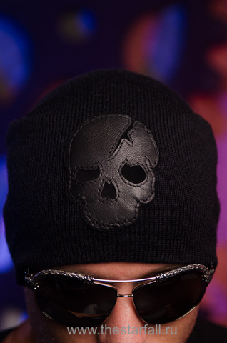 Шапка «Involvement» от 7.17 Studio Luxury с кожаным черепом