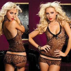 Леопардовые топ-маечка и шортики