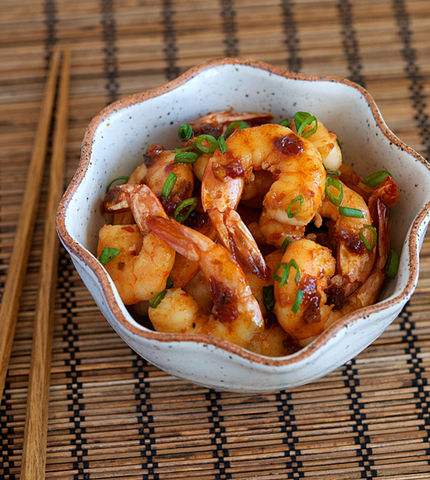 https://static-eu.insales.ru/images/products/1/2969/10341273/Shrimps_in_garlic_sause.jpg
