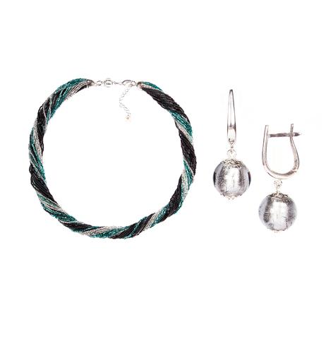Комплект украшений черно-зеленый (серьги-бусины, ожерелье из бисера 24 нити)