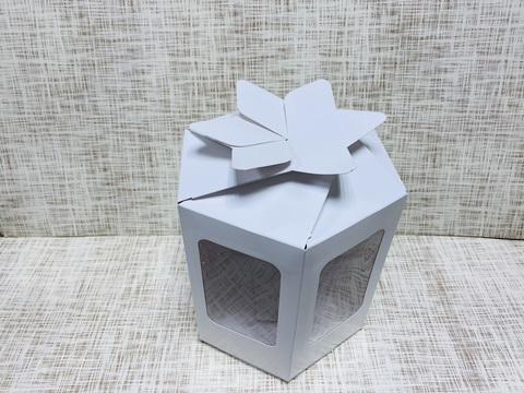 Коробка 17х19.5х22.5 см, картон, с 2-мя окошками,