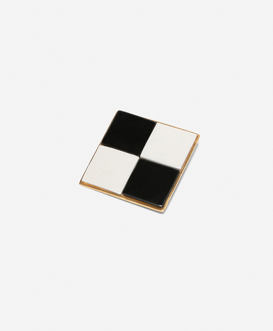Брошь Chessboard