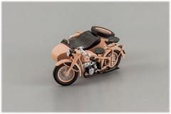 1:43 Мотоцикл ИМЗ М-72М 1955 г., с коляской, бежевый