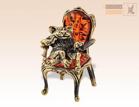 фигурка Кот в кресле