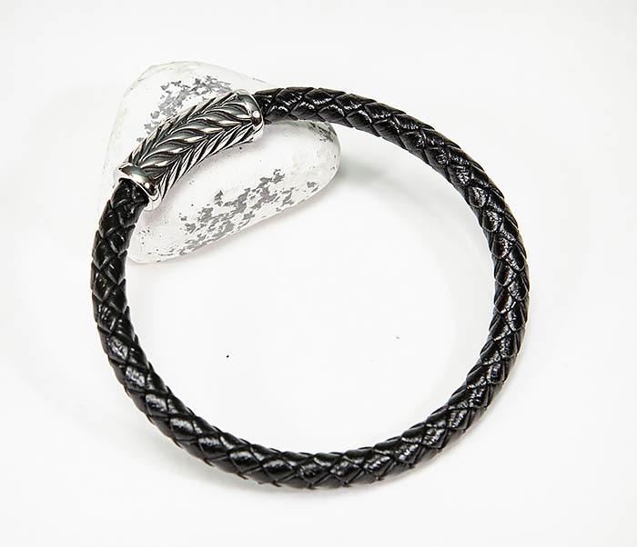 BM583 Мужской браслет шнур из кожи на магнитной застежке