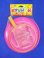 Гигантские мыльные пузыри (в сетке)