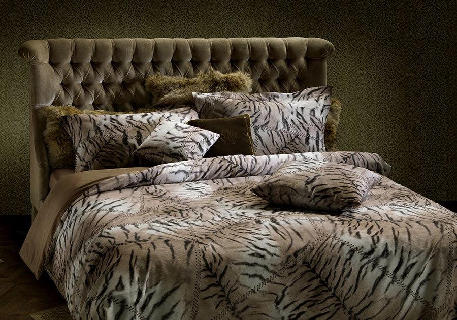 Постельное белье 2 спальное евро Roberto Cavalli Patchtigresse бежевое