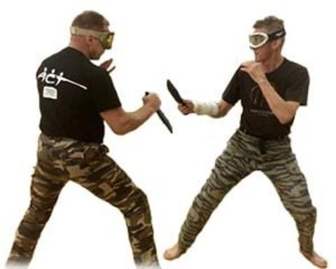 Купить тренировочные ножи и мечи