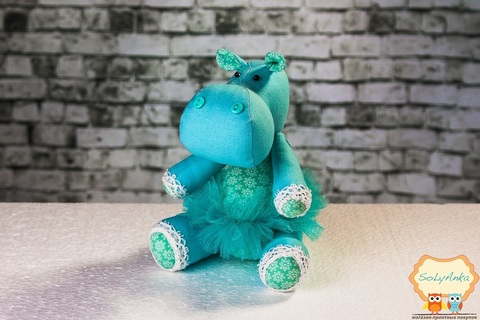 Бегемотик блакитний в блакитний пачці