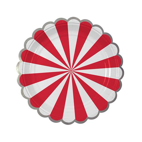 Тарелки в красную полоску, маленькие