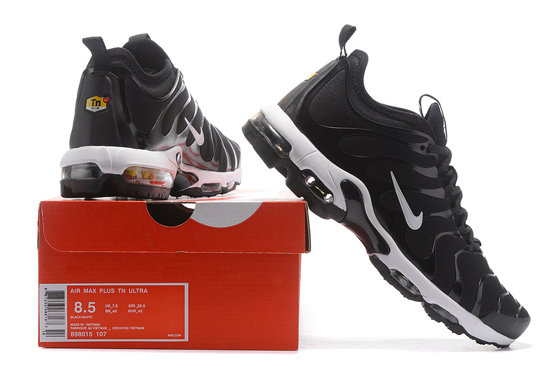 Nike Air Max Plus TN Ultra Black (009)