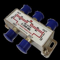 Разветвитель телевизионного сигнала делитель (проходной) на три точки (DVB-T2 приемника или телевизора) с проходом питания предназначен для использования совместно с активными антеннами, имеющих усилитель