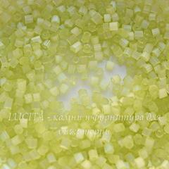 05253 Бисер Preciosa рубка 9/0, лимонно-салатовый сатин
