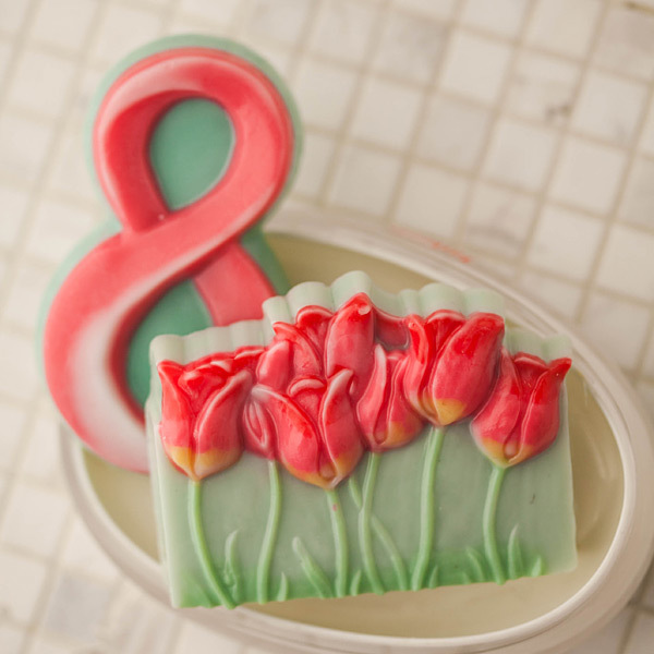 Мыло с тюльпанами к 8 марта. Форма пластиковая