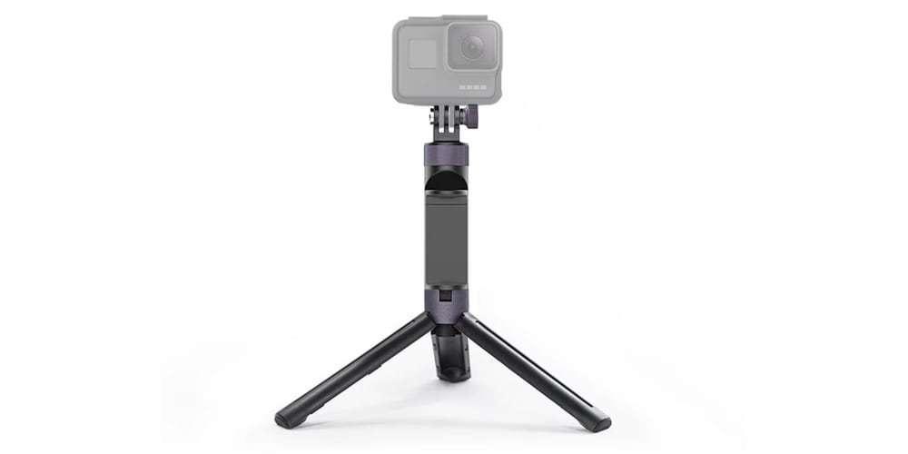 Штатив-рукоятка PgyTech Hand Grip & Tripod for Action Camera P-GM-104 с камерой GoPro