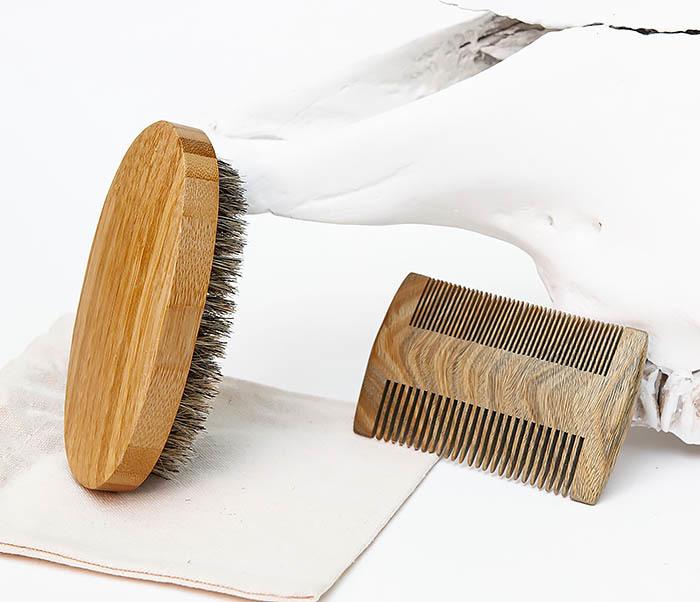 RAZ494 Набор: гребень и расческа для бороды с мешочке фото 03