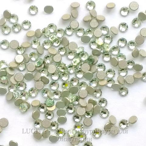 2058 Стразы Сваровски холодной фиксации Chrysolite ss 5 (1,8-1,9 мм), 20 штук (WP_20140814_13_41_30_Pro)