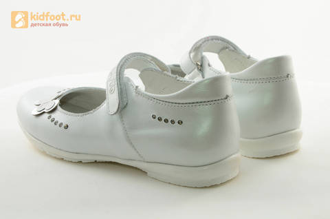 Туфли Тотто из натуральной кожи на липучке для девочек, цвет Белый, 10204D. Изображение 7 из 16.