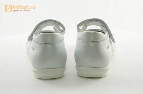 Туфли Тотто из натуральной кожи на липучке для девочек, цвет Белый, 10204D. Изображение 8 из 16.