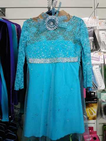 Платье со стразами б/у, рост 140 см