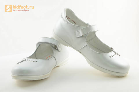 Туфли Тотто из натуральной кожи на липучке для девочек, цвет Белый, 10204D. Изображение 10 из 16.