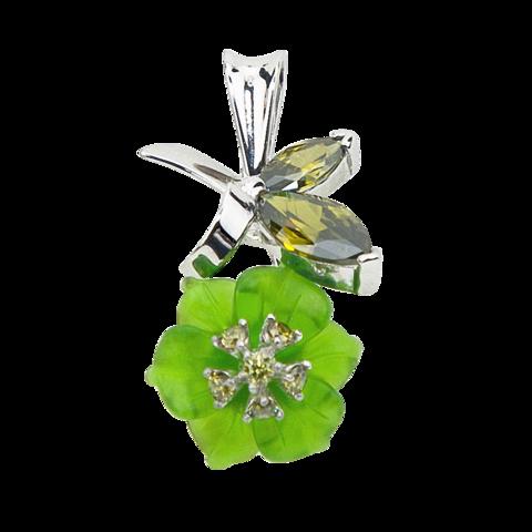 Подвеска с цветком из зеленого кварца и вставками из фианита